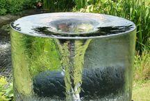 Garden pools/Water features / Water element in the garden