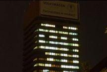 Jubileusz 90-lecia UEP / Uniwersytet Ekonomiczny w Poznaniu w tym roku akademickim świętuje swoje 90-lecie. Osiągnięcia naukowe, oferta dydaktyczna i odpowiadanie na przemiany społeczno-gospodarcze sprawiły, że od lat zajmuje najwyższe miejsca w rankingach szkół wyższych w Polsce i w Europie.