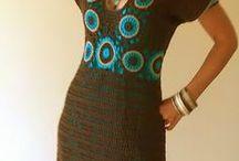 платья крючком и спицами