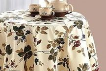 Round Table Linen / Round Table Linen