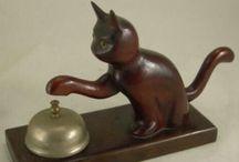 ARTIC. G@TUN=^~^=S /  Articulos con diseño de gatos para el hogar y oficina como muebles, lamparas, figuras en ceramica, vidrio, juguetes, etc, etc.   / by Emma Alexandre