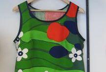 Naisten retromekot - women in retro dress / Kierrätyskankaisia naisten retromekkoja ja tunikoita - Recycled fabric women retro dresses and tunics