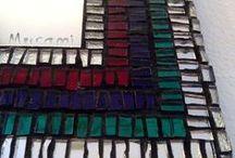 Specchi / Decorazione cornici specchi, taglio e applicazione delle tessere esclusivamente a mano