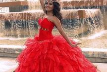 Dress / Interesting and beautiful dresses from around the world