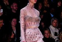 VALENTINO/ / Enter the fairy-tale world of Valentino via elaborate embroidery and prints as glorious as a bird of paradise. Dreamy couture-like creations sit alongside the signature rockstud accessories, but although the mashup of references – from artisanal patterns to Renaissance portraits to 1970s London – keeps the label feeling contemporary, a reverence for the heritage of this storied house remains.