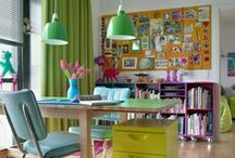 Bright Home Decor / It's simple: white base + little touches of vibrant colors -fuchsia, red, turquoise, etc.