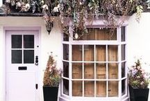 L D N / London hotspots and places to visit