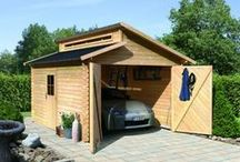 Garages / Pour abriter et protéger votre voiture, Almateon propose une sélection de garages en bois.