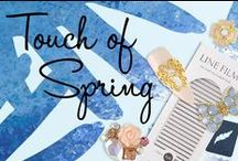 Spring Nails / It's the time of the year to wear Spring on your nails!
