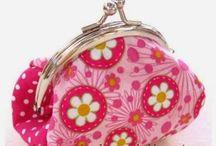 Cosas de patchwork / Bolsos , ropa ... Accesorios y complementos. / by Creative and Craft