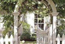 Dörrar och entréer i trädgården / Vackra dörrar och entréer i trädgården