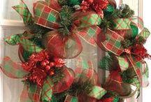 wreaths / by JOY HAYES