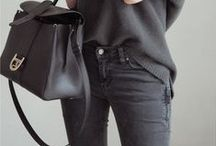 G A R DE R O B E / vêtements, chaussures, sacs, sous vêtements