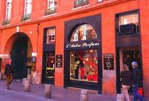Shopping in Toulouse / Quelles enseignes haut de gamme ou uniques en leur genre sont présentes à Toulouse ? Où trouver des produits typiques ? Toutes les réponses ici...