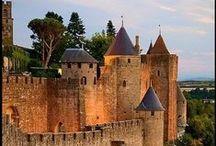 Régions Midi-Pyrénées et Languedoc-Roussillon / Merveilles de la région Midi-Pyrénées tout autour de Toulouse, ainsi que du Languedoc-Roussillon (à l'est) et des Pyrénées-Atlantiques (au sud-ouest).