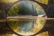 Próximo Destino... / « Todos los viajes tienen destinos secretos sobre los que el viajero nada sabe. »