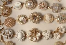 Jewelry / by Roxanne Lechuga
