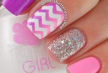 Girls' Nails / Lots of ideas for little girl's manicures, curated by Lil' Locks kids' salon.