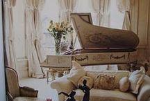 White Pianos