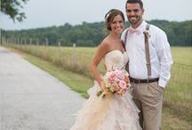 Le Pommier Wedding Inspiration / Inspiring ideas for country wineland weddings.