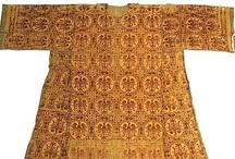S.XII Medievo / Indumentaria del S. XII. Medieval clothing / by Ana Villanueva