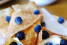 Good Eats & Sweet Treats / by Renee Keough