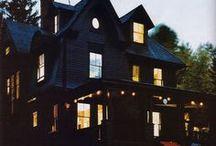 BLACK HOUSE!