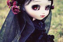 Spooktacular Dolls / I'm still a child at heart