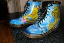 Airbrushed Doc Martens / Doc Martens I airbrush. I use new and old docs for my canvas!