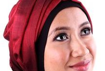 Muslimah Fashion / Easy to wear headscarves, with a touch of elegance that is current in the Muslimah fashion.