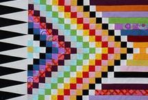 VERY INTERESTING QUILTS / Here you will find quilts that are like 'whaaaaaat?'.  How did they think of that?    Super cool quilters unite for a board full of 'interesting quilts'.