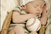 Baseball Baby Shower / New baby? What a great catch! Celebrate your new little slugger with baseball ideas for your baby shower.