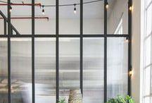 VITRAGES / Jouons sur la transparence.  Factory window, black metal glass, verrière, room divider, séparation, verre