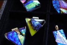 セドナ ガラスペンダント / パワースポットとして有名な米国アリゾナ州セドナで製作している Chikako さんの作品をご紹介しています。