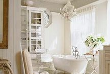 Decor ideas / beautiful spaces, shabby chic homes, cottage chic homes, french country home decor ideas, decorating ideas, white decorating ideas. Decor inspiration.