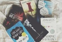 John Green / The Fault in Our Stars, Looking for Alaska, Abudance of Katherines, Will Grayson and Paper Towns by John Green