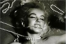 Pearls / A lot of pearl inspiration, because pearls always give a woman a classic feminine look.