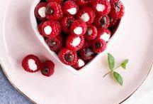 Valentine's Day / Valentine's Day Ideas including Recipes & Crafts | Valentine's Day | Valentines | Valentine's Ideas | Valentines recipes | Valentines crafts | Valentines decor | Valentines projects | Valentines dessert | Valentine's gifts | Valentine's date ideas | Valentines treats | Edible gifts |