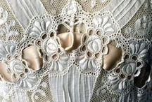 Heirloom Wedding Gifts & Gorgeous Weddings