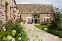 Oxfordshire Wedding Venues / Andy Sidders Photography cover wedding venues in and around Oxfordshire. This board features wedding venues in and around Oxfordshire, including The Old Library in Oxford Town Hall, Caswell House and more...