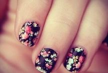 Nails / by yocita