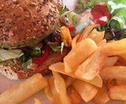 Veggie food / Vegetarian and vegan food from various sources, especially veggie burgers.