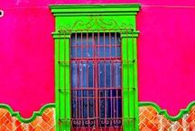Front Door Decor / by Aletta Toerien