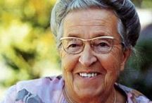 Courageous Corrie / Corrie Ten Boom is one of my all time inspirational favs! What I would've given to meet her in person.