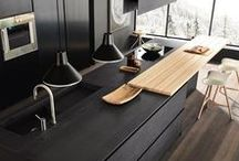 Black Kitchen Inspirations / The is something incredibly invigorating about a black kitchen. It's dark, different and mysterious!