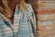 Foulards y Chales / Foulards y Chales teñidos a mano, linos, algodón y lana fría.