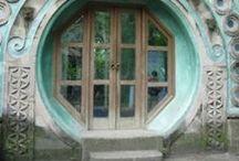 Doors and windows / Doors to a secret place