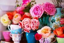 Flowers / Flores são lindas, alegres, coloridas... Quem não gosta de flores, não é?!