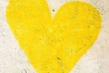 Radley Loves Yellow / How much do we love yellow? Let us count the ways...
