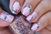 ♔ Polished nails